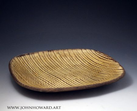 Slipware baking loaf dish with comb decoration, English antique period late 18th century